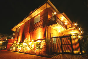 Pictures of Buri Gallery House